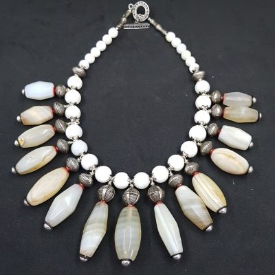 Agate bib Necklace